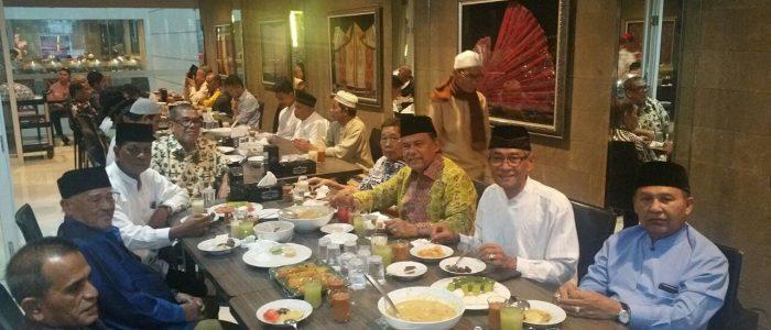 Sebuah Refleksi Ibrahim Hasyim: Tradisi Berbuka Puasa di Amerika Serikat dan di Indonesia